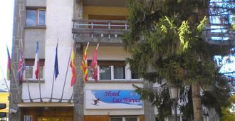 Hotel Las Nieves - Jaca - Bâtiment