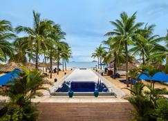 Sunrise Premium Resort Hoi An - Hoi An - Piscina