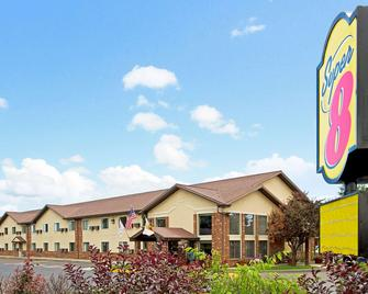 Super 8 by Wyndham Longmont/Twin Peaks - Longmont - Building