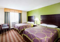 Super 8 by Wyndham Bangor - Bangor - Bedroom