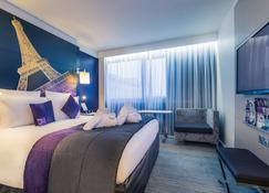 Mercure Paris Centre Tour Eiffel - Paris - Bedroom