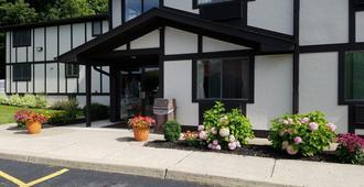 Auburn Inn - Auburn - Edificio
