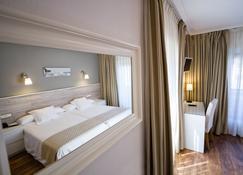 Hotel Don Pepe - Ribadesella - Bedroom