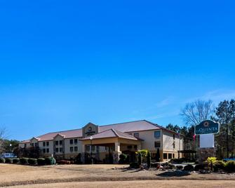 La Quinta Inn & Suites by Wyndham LaGrange / I-85 - La Grange - Building