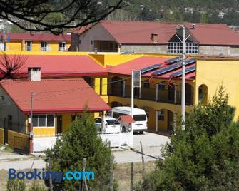 Hotel Ecologico Temazcal - Creel - Building