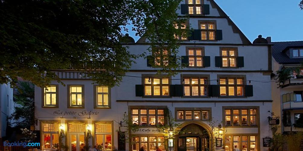 Galerie Hotel Ab 86 Hotels In Paderborn Kayak