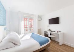 Best Western Kemaris - Biarritz - Κρεβατοκάμαρα
