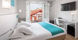 Best Western Kemaris - Biarritz - Bedroom