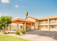 Super 8 by Wyndham Big Spring TX - Big Spring - Building
