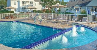 Wyndham Kingsgate Resort - Williamsburg - Piscina