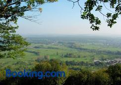 Chambres d'Hôtes Les Vignes - Saverne - Outdoors view