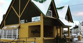Hosteria Kupanaka - Ushuaia - Building