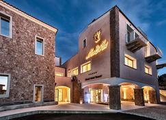 Grand Hotel Resort Ma&Ma - La Maddalena - Gebäude
