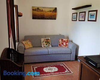 A Due Passi Dal Chianti - Cavriglia - Living room