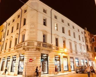 Palazzo Otello 1847 Wellness & Spa - Vicenza - Building