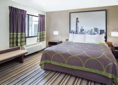 Super 8 by Wyndham Chicago/Rosemont/O'Hare/SE - River Grove - Schlafzimmer