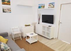 Apartamentos Villajovita - Ceuta - Wohnzimmer