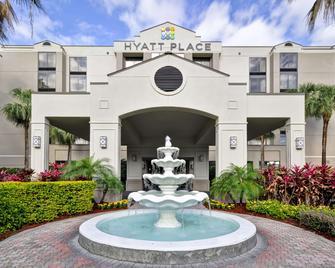 Hyatt Place Tampa Airport/Westshore - Τάμπα - Κτίριο
