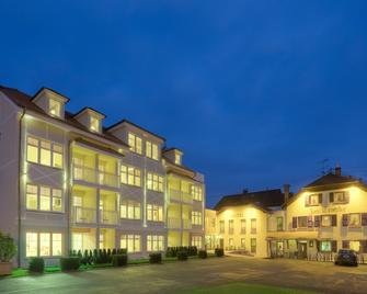 Hotel Zur Traube - Nennig - Gebäude