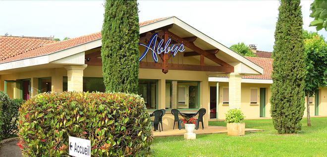 Abbys Hôtel - Carsac-Aillac - Building