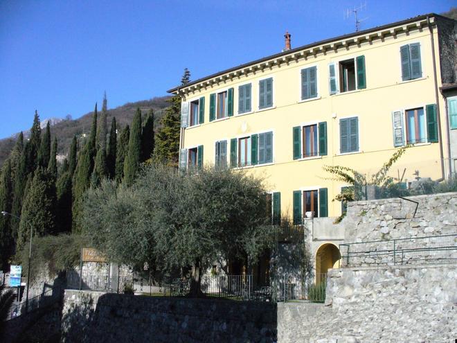 Hotel Tiziana Garnì - Gargnano - Gebäude