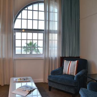 Winchester Mansions Hotel - Cape Town - Living room