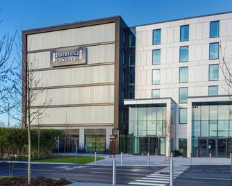 Staybridge Suites London - Heathrow Bath Road - West Drayton - Gebouw
