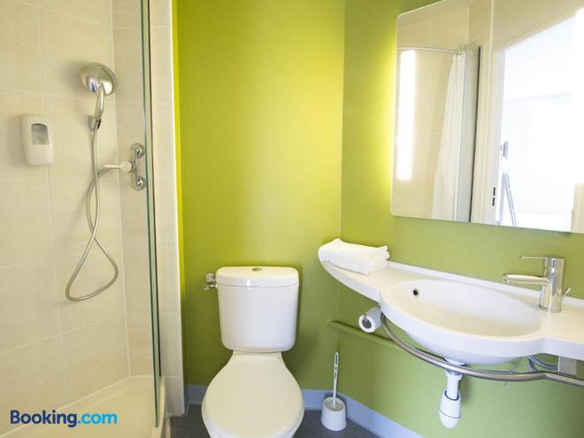 B&b Hôtel Auxerre Monéteau - Monéteau - Bathroom