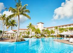 Leopalace Resort Guam - Yona - Piscina