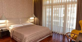 La Boheme Hotel - Tirana - Bedroom