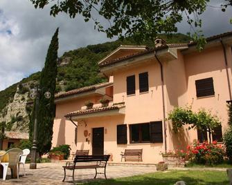 Locanda Salimbeni - San Severino Marche - Gebouw