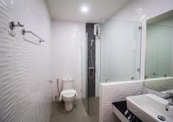 特里普Z酒店 - 華欣 - 浴室