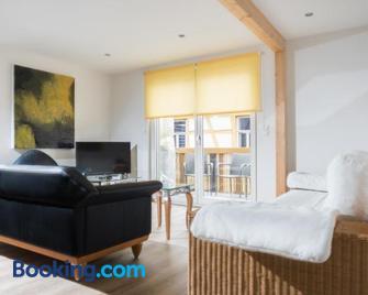 Ad1716 Apartments - Marktheidenfeld - Living room