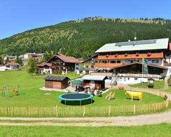 Hotel Zum Senn - Bad Hindelang - Gebouw