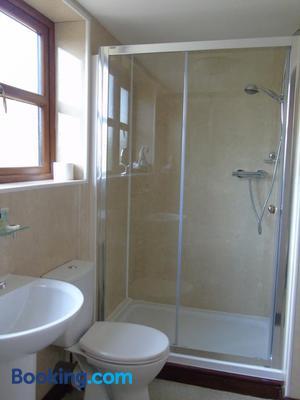 Pwllgwilym Holiday Cottages And B&b - Builth Wells - Bathroom