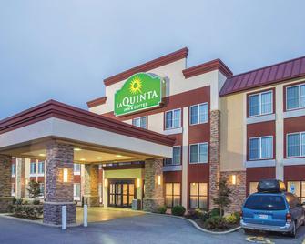 La Quinta Inn & Suites by Wyndham O'Fallon, IL - St. Louis - O'Fallon - Building