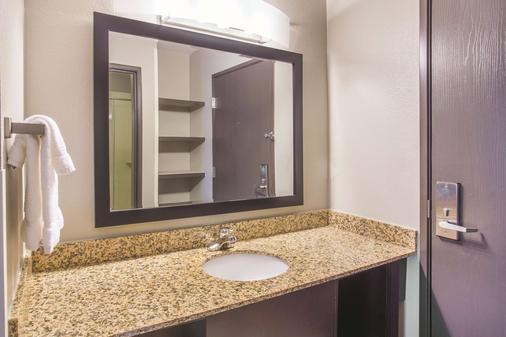 La Quinta Inn & Suites by Wyndham O'Fallon, IL - St. Louis - O'Fallon - Bad