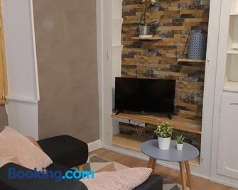 A la liberté - Salins-les-Bains - Living room