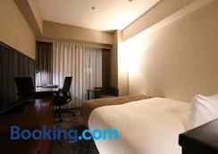 Daiwa Roynet Hotel Nagoya Taiko Dori Side - Nagoya - Bedroom