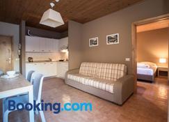 La Villa Feleit - Bormio - Wohnzimmer