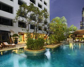 Avani Atrium Bangkok Hotel - Bangkok - Pool