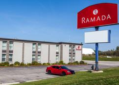 Ramada by Wyndham Timmins - Timmins - Building