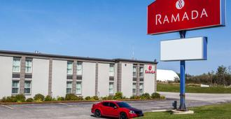 Ramada by Wyndham Timmins - Timmins