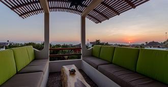 Hotel Suites La Hacienda - Puerto Escondido - Balcony