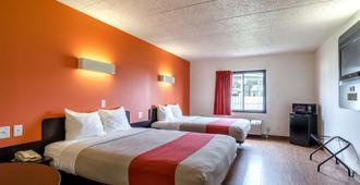 Motel 6 York. Ne - York - Bedroom