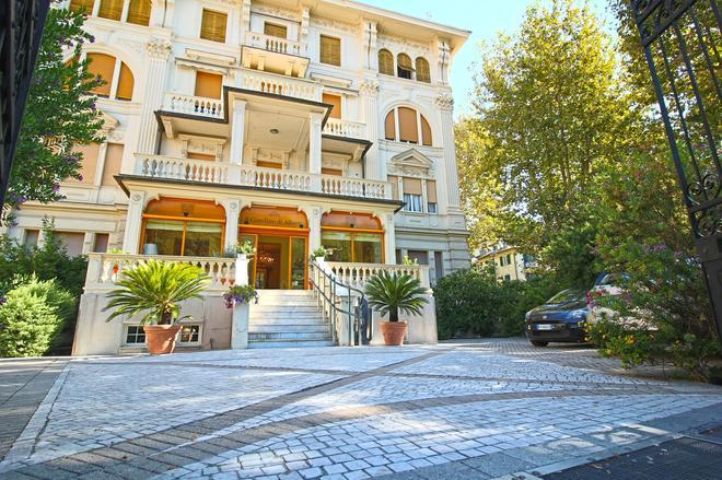 Il Giardino di Albaro - Genoa - Building
