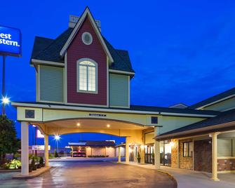Best Western Green Tree Inn - Clarksville - Gebäude
