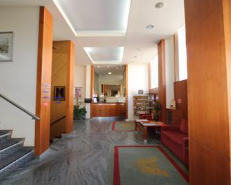 Hotel Imperial - Авейру - Lobby