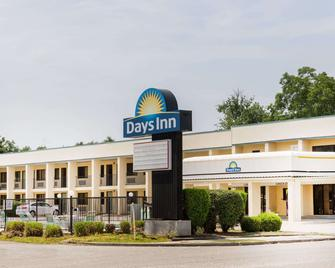 Days Inn by Wyndham, Little River - Little River - Building