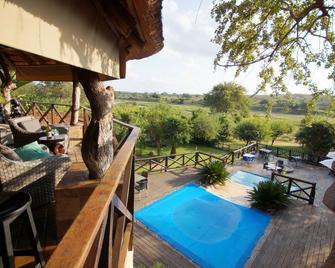 Crocodile Kruger Safari Lodge - Marloth Park - Pool